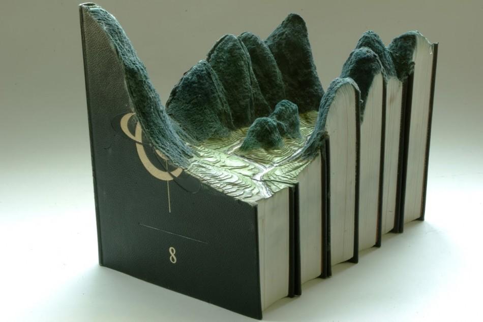 Guy Laramee  Arts & Crafts – Book Art by Guy Laramee paisagens esculpidas em livros por guy laramee e1340190199122