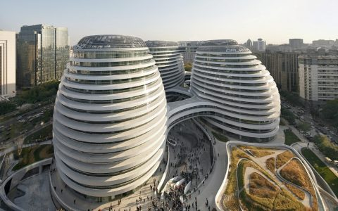 """""""Zaha Hadid, a reference in architecture and other categories, was nominated for 2013 designs of the year announced by Design Museum in London with Galaxy Soho."""""""