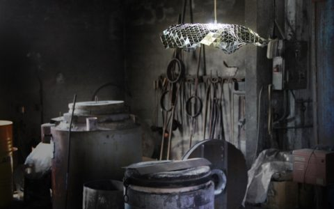 Ceiling lamp Facetat by Andreu Carulla 30 Facetada 02 480x300