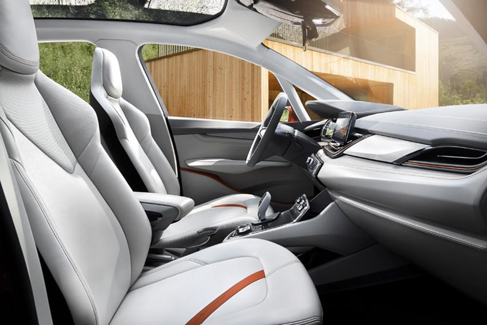 BMW concept active tourer outdoor  BMW – Concept Active Tourer Outdoor BMW Concept Active Tourer Outdoor09