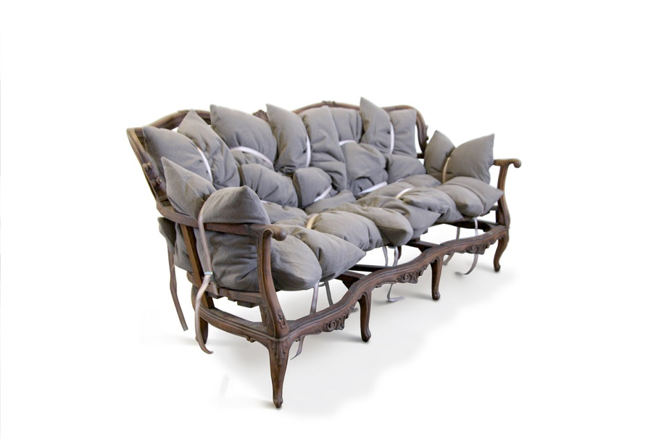 """""""People's creativity stand out like all the designs made by Marcantonio Malerba.The designer's work are really remarkable and I his imagination is over the top.""""  Contemporary furniture for extravagant homes 18 pillow sito"""