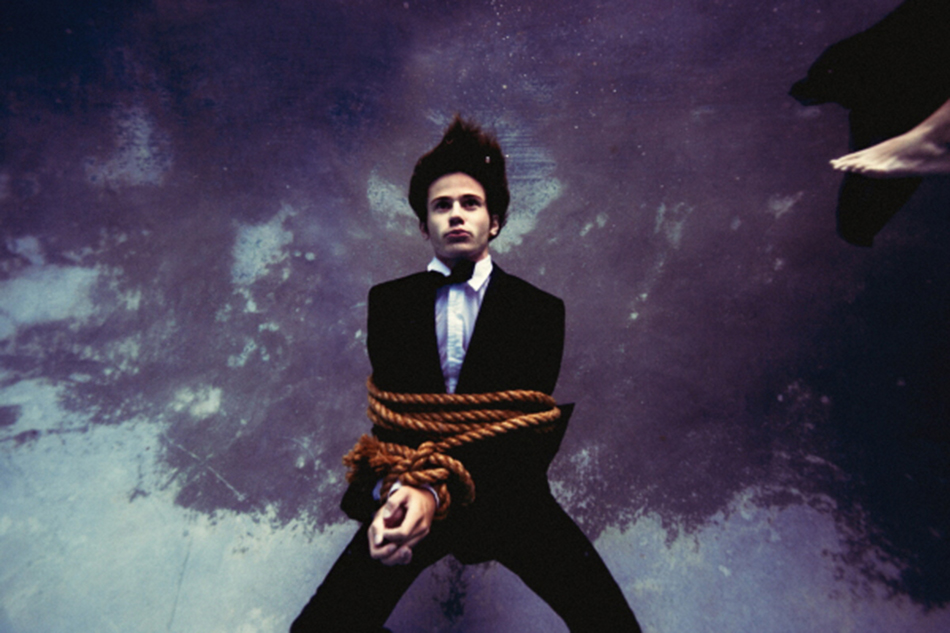 Tyler Shields – The new Andy Warhol?  Tyler Shields – The new Andy Warhol? connor paolo