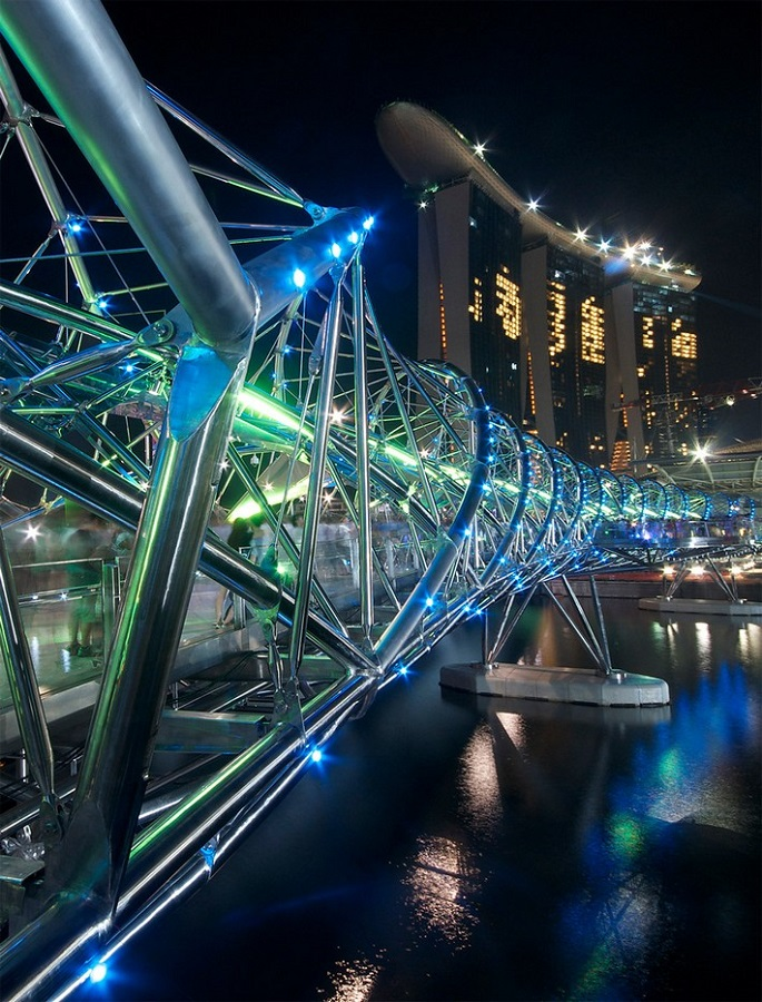 I love Singapore and this city is bursting with gorgeous and surprising architecture wherever you turn.   Best of architecture in Singapore world architecture festival 2010 winners 19