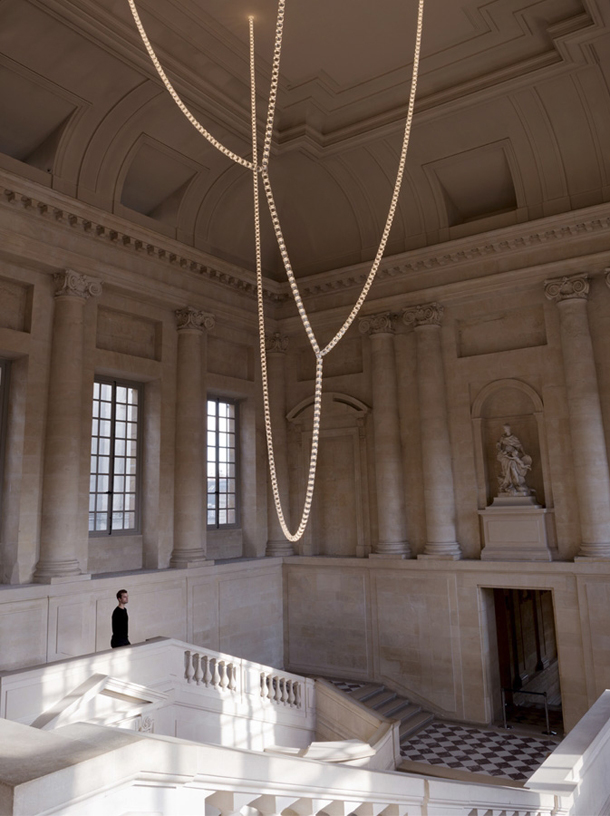 """""""Versailles was recently ordained with Lustre Gabriel. A chain-like chandelier designed by Erwan and Ronan Bouroullec in collaboration with Swarovski.""""  Swarovski chandelier exhibiting at Versailles Palace Swarovski Chandelier at Versailles Studio Bouroullec 1"""
