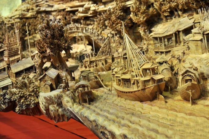 """""""The breathtaking amazing sculpture  simply can't be expressed in words, you must see for yourself."""" amazing sculpture 4 years long amazing sculpture Festival Qingming Zheng Chunhui 05"""