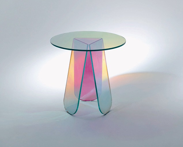 """""""Light and glass are intertwined matter, and Glas Italia plays with this alchemy in its modern glass furniture.""""  Glas Italia New Collection SHIMMER 0 635"""