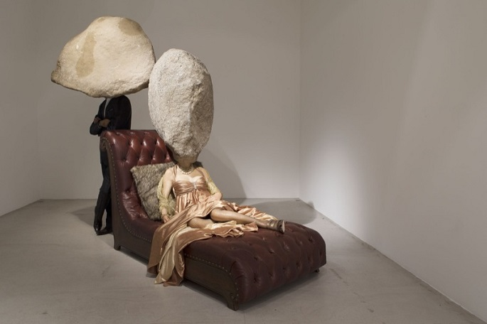 """""""Sun Yuan and Peng Yu are best known for shocking their audience through their controversial work with materials like human fat tissue and animals""""  Unique Sculptural Art by Sun Yuan and Peng Yu sun yuan et peng yu 25889 22386"""