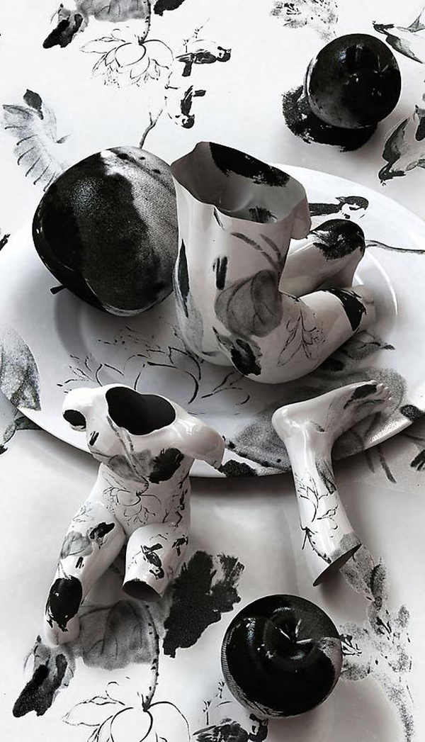 """""""Korean artist Kim Joon fabricates images of fragments of hollow porcelain that resemble nude bodies.""""  Kim Joon porcelain tattoos Joon Kim porcelain tattoos arts and crafts i lobo you11"""