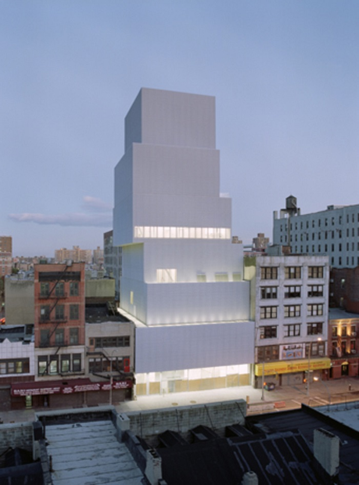 """""""The New Museum is an institution devoted to presenting, studying, and interpreting contemporary art.""""  Museums of Contemporary Art: New Museum Museums of Contemporary Art New Museum galleries i lobo you"""