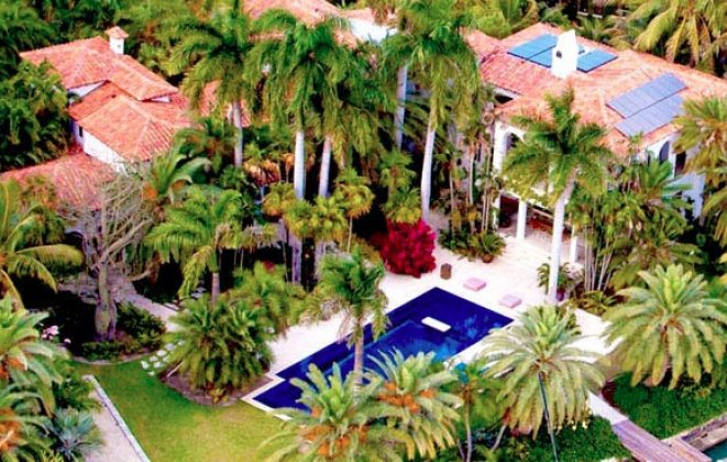 """""""So today we present you with Luxury Villas you should consider when visiting Miami Beach.""""   Luxury Villas in Miami Luxury Villas in Miami i lobo you7"""