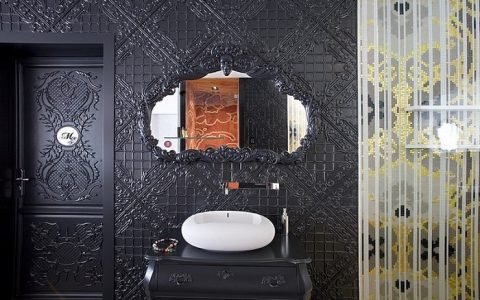 """Now, we will present you the Top 5 regular mirrors by renowned designers that despite it's simplicity are very attactive and fit any place. """