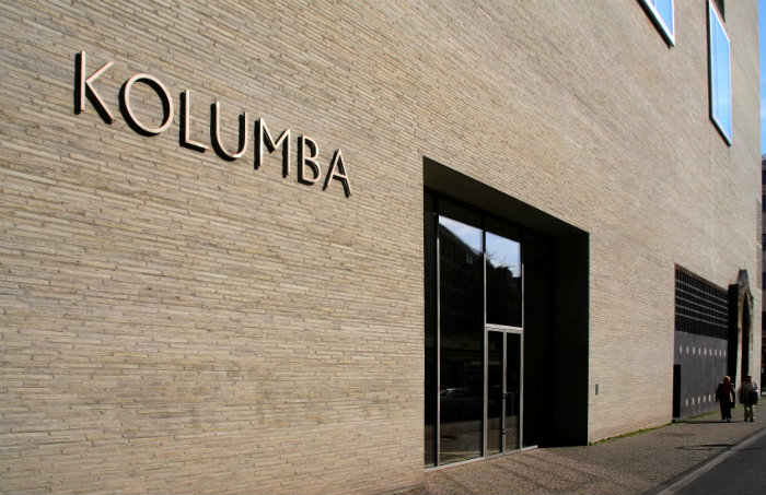 Peter Zumthor builts Kolumba Museum on top of ruins   Peter Zumthor built Kolumba Museum on top of ruins Haupteingang und Schriftzug Kolumba K  ln 1889 91