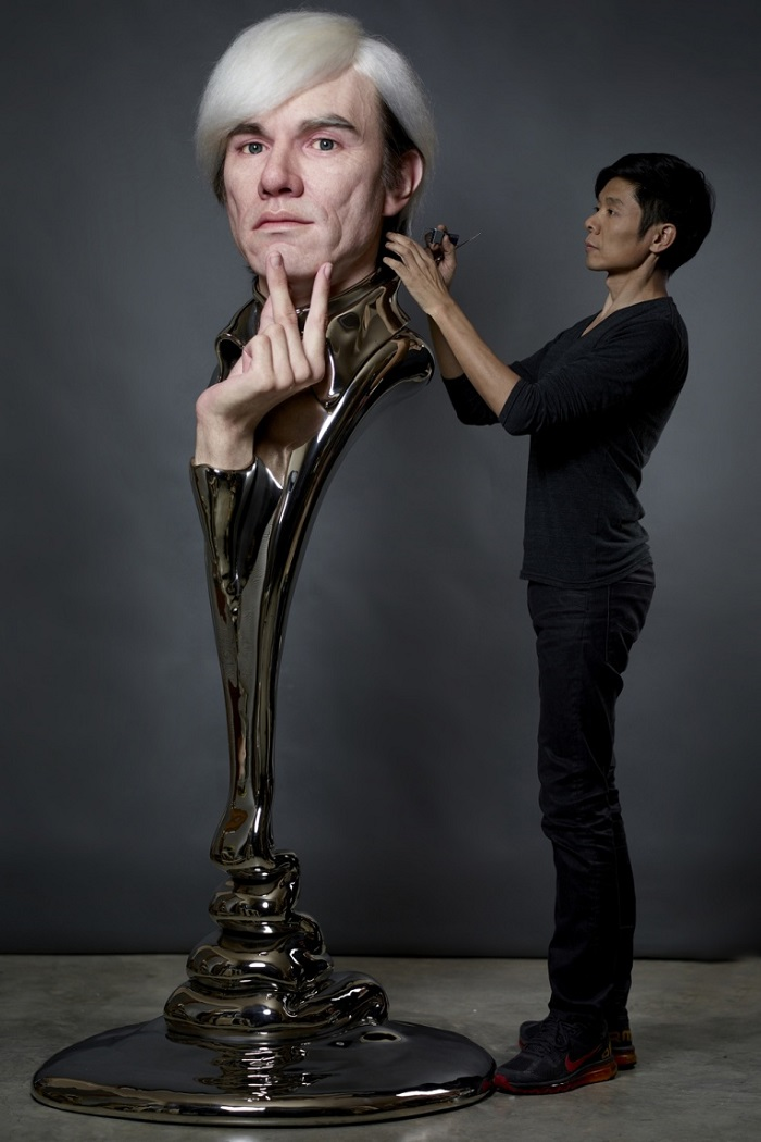 """""""Kazuhiro Tsuji is best known by his skills as a special-effects make-up artist in Hollywood, but this time, he created amazing sculptures with famous faces.""""  Kazuhiro Tsuji designs Hyper Realistic portraits Kazuhiro Tsuji designs Hyper Realistic portraits artists i lobo you4"""