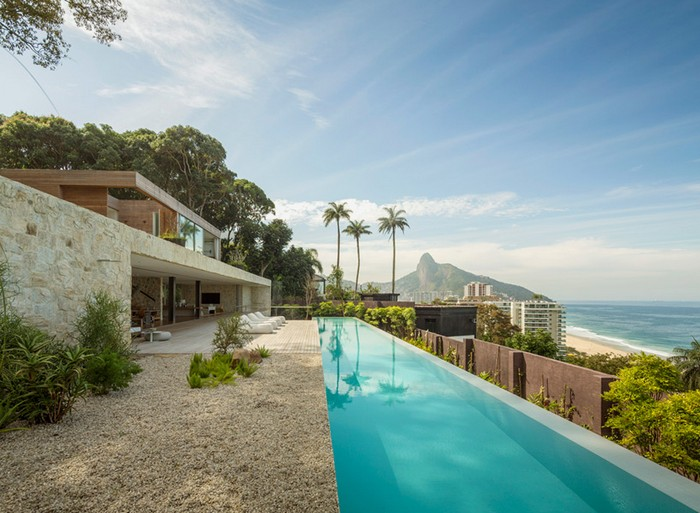 Outstanding Brazilian House by Studio Arthur Casas  Outstanding Brazilian House by Studio Arthur Casas studio arthur casas casa AL rio de janeiro brazil designboom 01