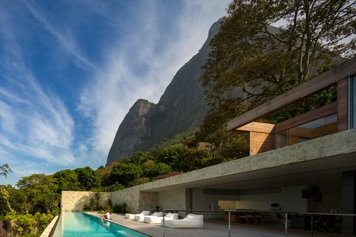 Outstanding Brazilian House by Studio Arthur Casas  Outstanding Brazilian House by Studio Arthur Casas studio arthur casas casa AL rio de janeiro brazil designboom 02