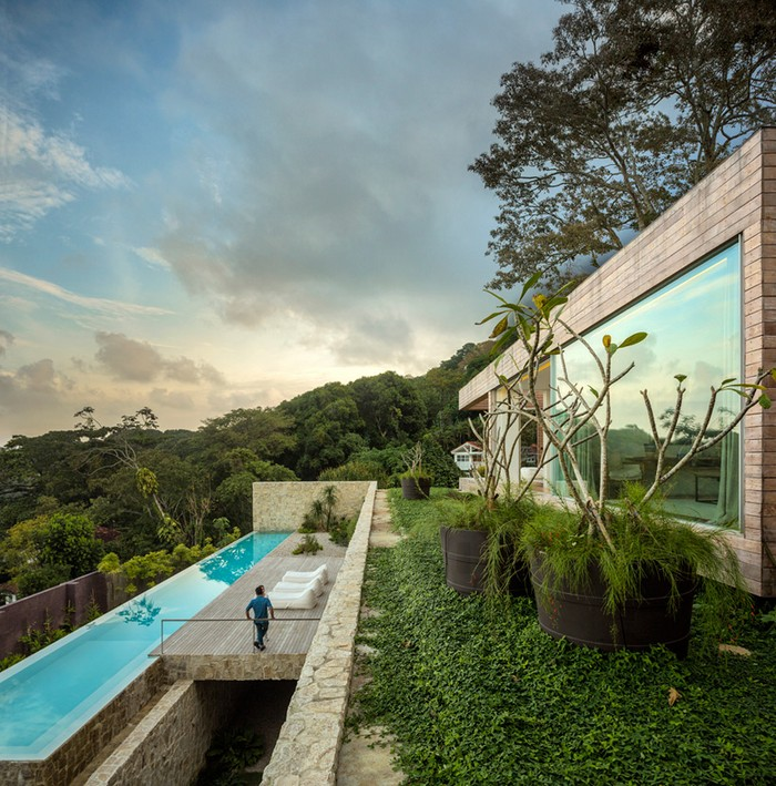 Outstanding Brazilian House by Studio Arthur Casas  Outstanding Brazilian House by Studio Arthur Casas studio arthur casas casa AL rio de janeiro brazil designboom 03