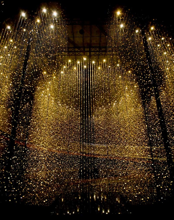 Magical-Golden-installation-with-65,000-watch-baseplates-artists-i-lobo-you  Magical Golden installation with 65,000 watch baseplates  Magical Golden installation with 65000 watch baseplates artists i lobo you