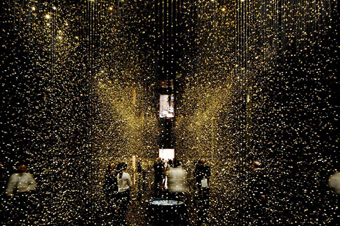 """""""The DGT Architects firm together with Japanese watchmaker CITIZEN, has created an amazing piece of installation art that breathes magic and life""""  Magical Golden installation with 65,000 watch baseplates  Magical Golden installation with 65000 watch baseplates artists i lobo you9"""
