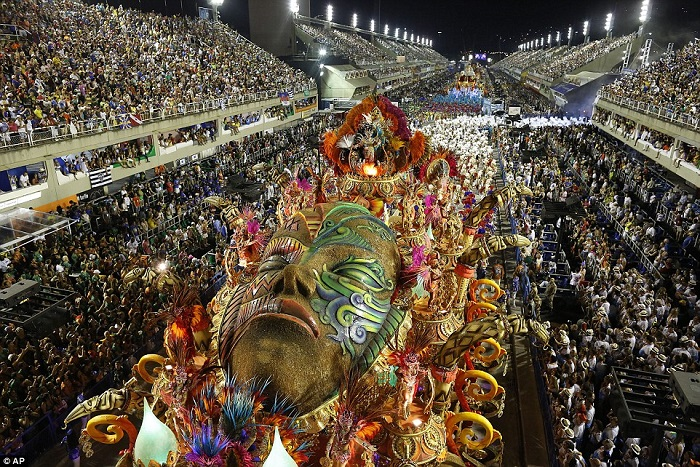 """""""This year, as always, Rio de Janeiro's Carnival last night ended as glittering as he should. Blaring music and scantily-clad dancers at the Sambadrome impressed the visitors."""" Brazilian Carnival The best of Brazilian Carnival 2015 The best of Brazilian Carnival 2015 performances i lobo you10"""