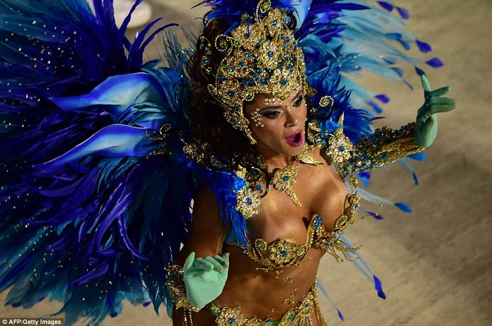 """""""This year, as always, Rio de Janeiro's Carnival last night ended as glittering as he should. Blaring music and scantily-clad dancers at the Sambadrome impressed the visitors."""" Brazilian Carnival The best of Brazilian Carnival 2015 The best of Brazilian Carnival 2015 performances i lobo you9"""