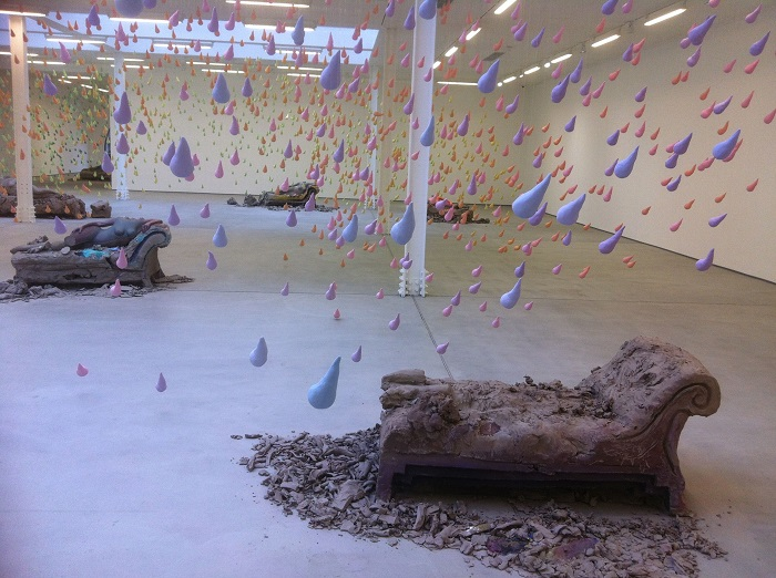 """""""Urs Fisher presented at Art Basel an immersive field of """"small rain"""".  Urs Fisher small rain at Art Basel Urs Fisher small rain at Art Basel artists i lobo you10"""
