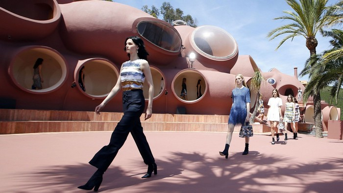 The Bubble Palace for Dior Cruise Collection 2016  The Bubble Palace for Dior Cruise Collection 2016 472981864 cropped