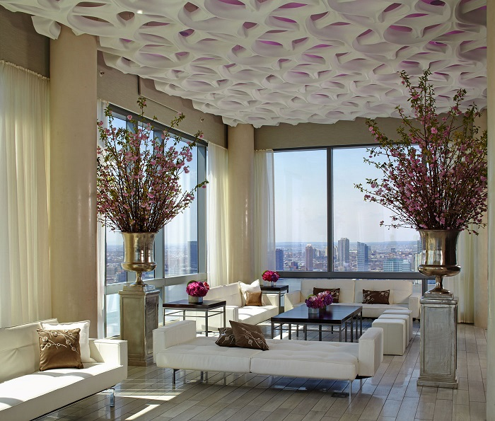"""""""Today we present the best hotels in NY so you can enjoy the time spent in NY."""""""