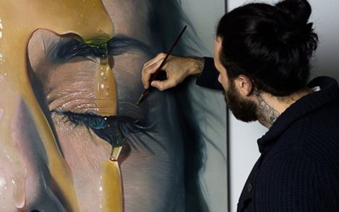 """Mike Dargas is always willing to create distinguish things and his works caught our attention. Today you can get to know his inspirations and life in an exclusive interview.""  Exclusive interview with artist Mike Dargas Exclusive interview with artist Mike Dargas artists i lobo you10 480x300"