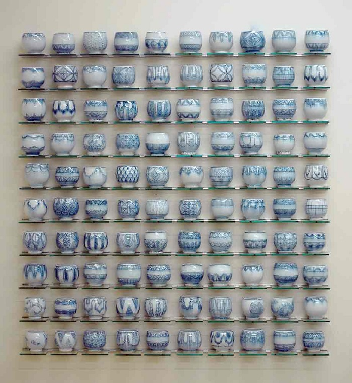 """""""Steven Young Lee is a ceramic artist that creates a diversified types of ceramics, from broken vases to sculptural pieces."""" Ceramic arts Ceramic arts by Steven Young Lee Ceramic arts by Steven Young Lee artists i lobo you20"""