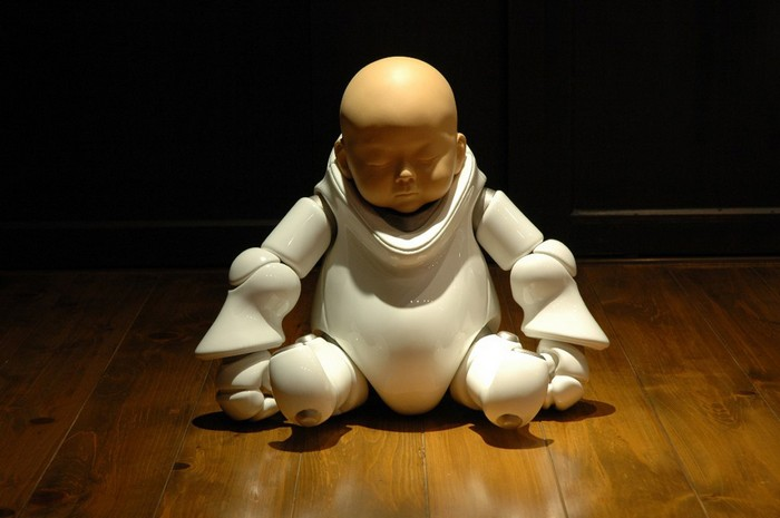 """""""Shigeki Hayashi is a Japanese artist that creates life like figures made from ceramics, that are inspired by science fiction and manga.""""  Ceramic army by Shigeki Hayashi Ceramic army by Shigeki Hayashi artists I Lobo you11"""