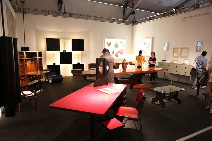 This year Galleria Rossella Colombari will be once again exhibiting some of the best artworks the artists they represent created at Design Miami. Rossella Colombari Exhibiting at Design Miami 2015: Galleria Rossella Colombari Exhibiting at Design Miami 2015 Galleria Rossella Colombari galleries I Lobo you11