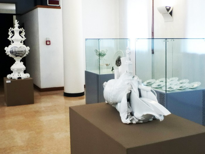 Paolo Polloniato is an Italian ceramic artist that already had the ceramic art embedded in his DNA. Paolo Polloniato Ceramic artworks by Paolo Polloniato Ceramic artworks by Paolo Polloniato artists I Lobo you11