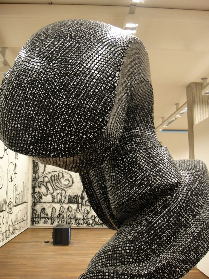 Cragg is a  British artist focused on contemporary sculptures. His works that most impressed us was the dice sculptures. Tony Cragg Dice Sculptures by Tony Cragg Dice Sculptures by Tony Cragg artists I Lobo you8