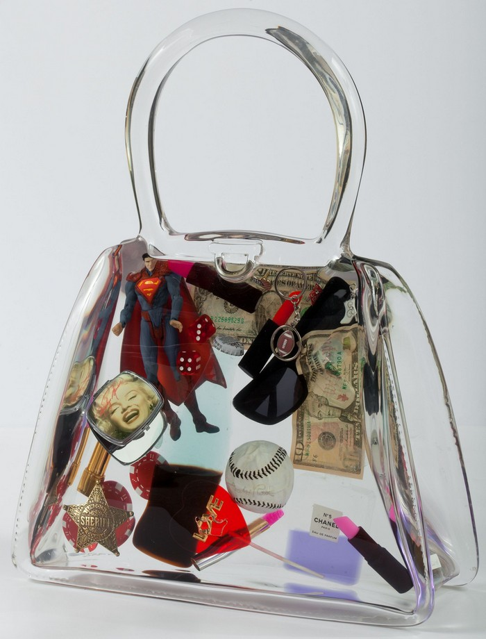 Debra  is mostly dedicated to create bags which she calls art bags.