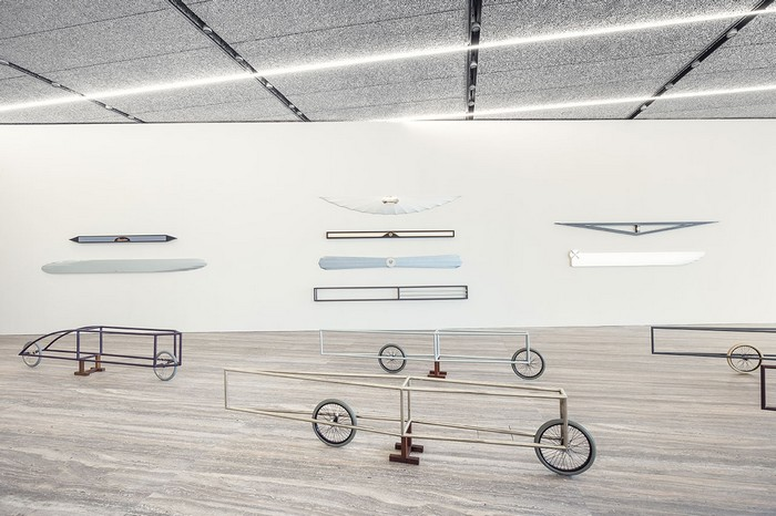 Piacentino is an Italian artist that deserved the recognition for all the artworks created since 1965. Fondazione Prada Gianni Piacentino art at Fondazione Prada Gianni Piacentino art at Fondazione Prada galleries I Lobo you10