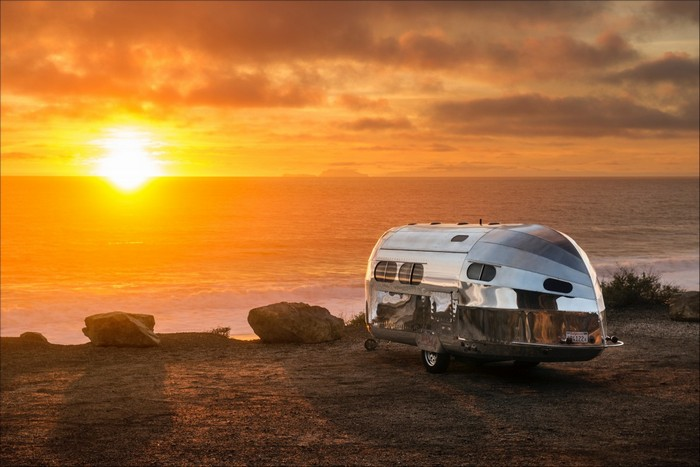 A road trip isn't usually a luxury experience, but with Bowlus Road Chief, a luxury road trip is now possible.