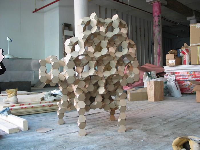 Geometric shaped furniture by ArandaLasch- I Lobo you3 Geometric shaped furniture Geometric shaped furniture by Aranda/Lasch Geometric shaped furniture by ArandaLasch I Lobo you3