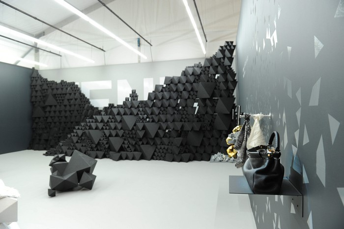 Miami Desaign 2010 © Daniele Venturelli Geometric shaped furniture Geometric shaped furniture by Aranda/Lasch Geometric shaped furniture by ArandaLasch I Lobo you9