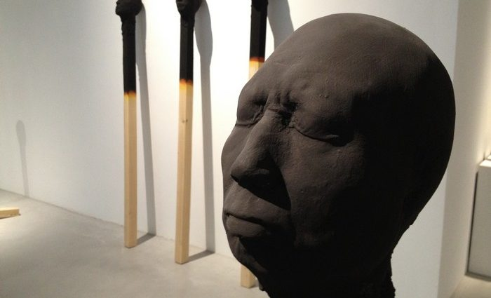 Wolfgang Stiller is a German artist that creates burnt matches sculptures. An idea to make us reflect about society nowadays.