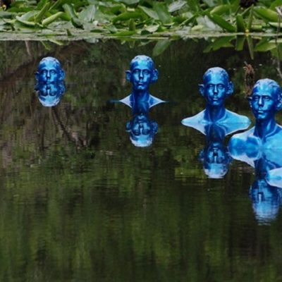 Pedro Marzorati's blue men sculptures aware for climate-change