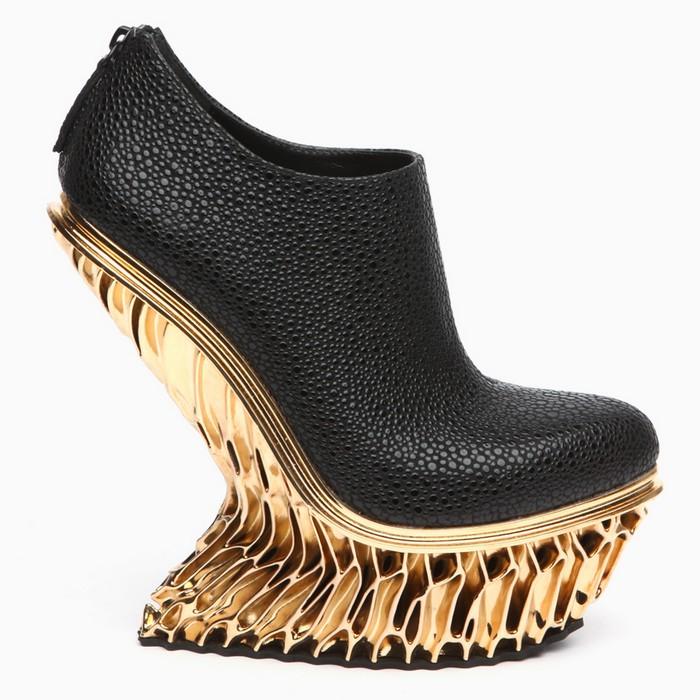 Francis Bitonti Francis Bitonti gold plated shoes Francis Bitonti gold plated shoes artists I Lobo you5
