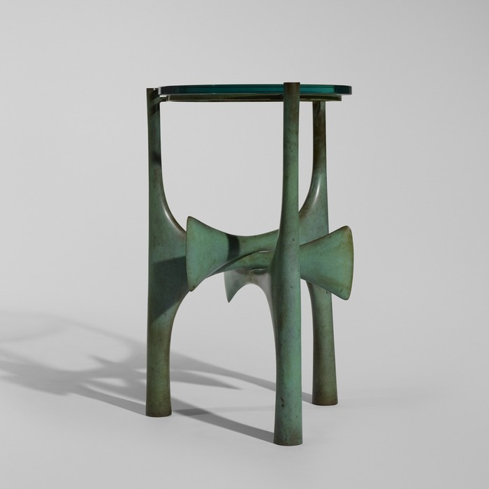 Originally trained as a sculptor at the École des Beaux-Arts in Paris, Philippe Hiquily is now dedicated to sculptural furniture. sculptural furniture Philippe Hiquily sculptural furniture Philippe Hiquily sculptural furniture I Lobo you4