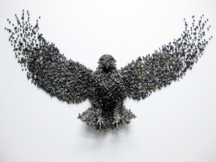 In his life-sized sculptures of animals, Shawn Smith filters the natural world through digital systems creating pixelated animal sculptures. animal sculptures Pixelated animal sculptures by Shawn Smith Pixelated animal sculptures by Shawn Smith arts and crafts I Lobo you4