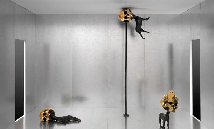 Thomas Lerooy was born in 1981 and his contemporary art challenges and plays with the classical notion of the iconic.