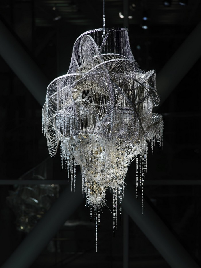 Lee Bul artistic chandelier- artists I Lobo you10