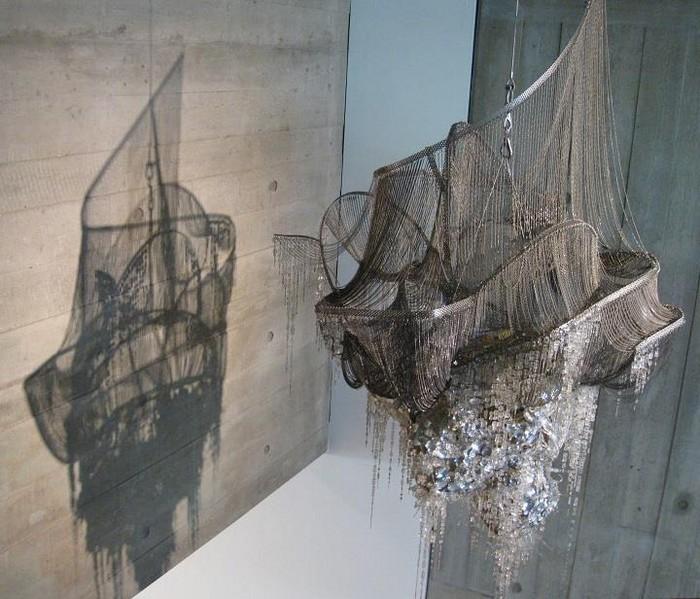 Lee Bul artistic chandelier- artists I Lobo you6