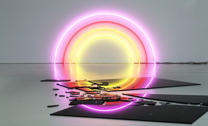 The Swiss artist Lori Hersberger lives and works in Zurich. He studied Video Art and Sculpture to create nowadays Contemporary art with neons and more.
