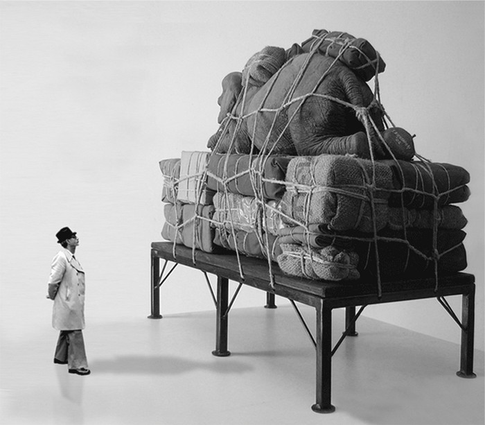 Contemporary sculptures Contemporary sculptures by Stefano Bombardieri Contemporary sculptures by Stefano Bombardieri artists I Lobo you9