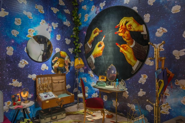 Maurizio Cattelan and Pierpaolo Ferrari, in collaboration with the Italian brand Seletti and Gufram, have transformed the booth at Design Miami 2016. maurizio cattelan Maurizio Cattelan and Pierpaolo Ferrari exhibition Maurizio Cattelan and Pierpaolo Ferrari exhibition artists I Lobo you2