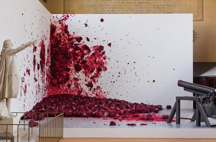 Anish Kapoor is one of the most influential sculptors of his generation. Perhaps most famous for public sculptures and modern art pieces.